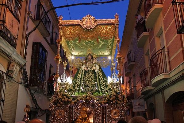 Fiestas Aracelitanas Mayo Sevilla Flickr Creative Commons by Antonio Eulate